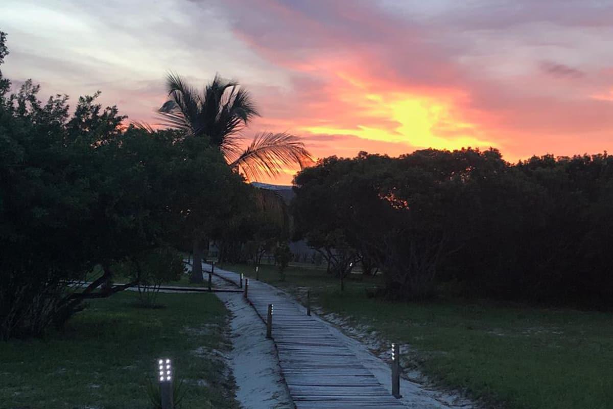 Making of Light - Illuminazione e turismo responsabile - Coral Lodge_solarpower_lights_night 0