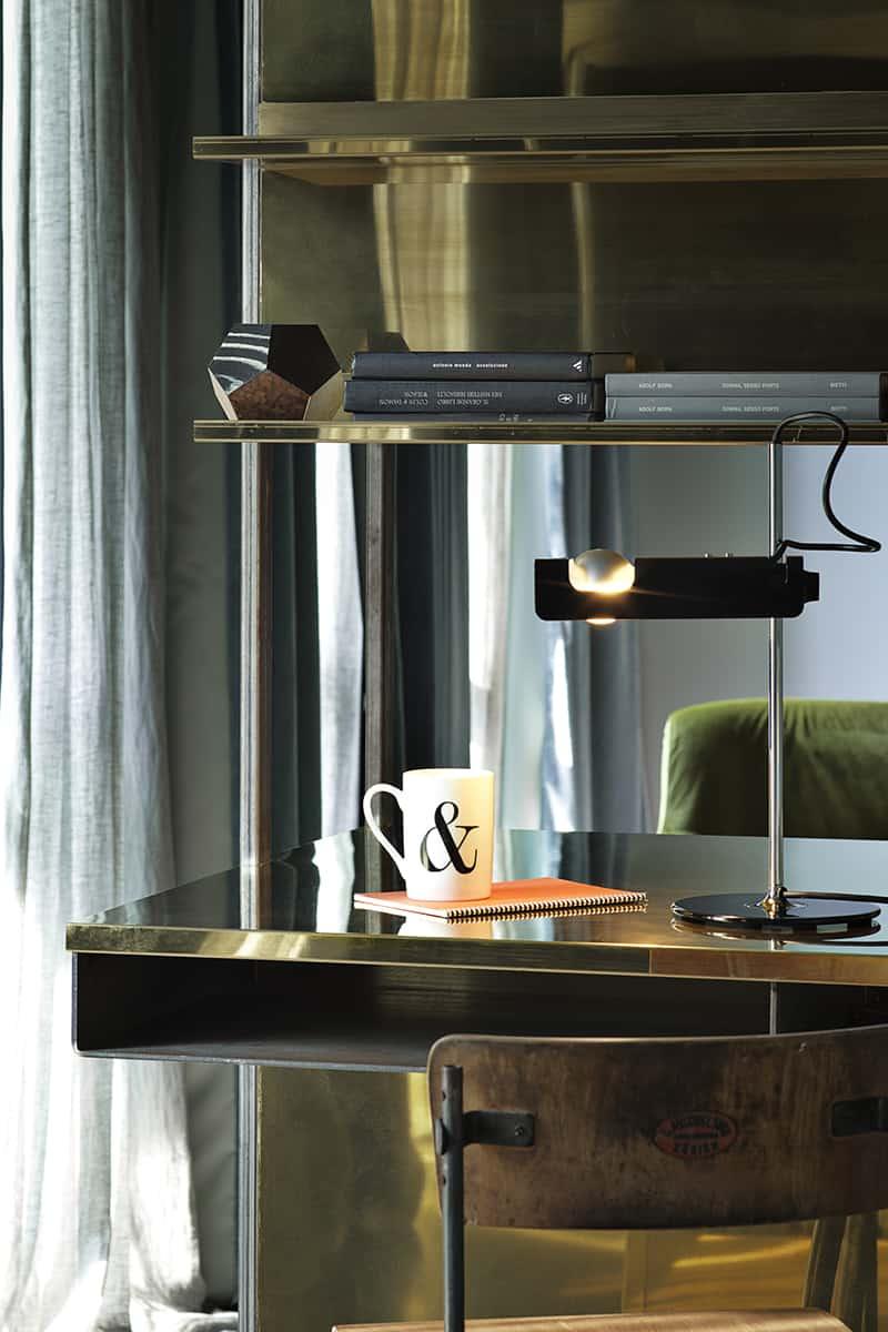 Making of Light - Settantacinque anni d'innovazione - Spider tavolo design Joe Colombo