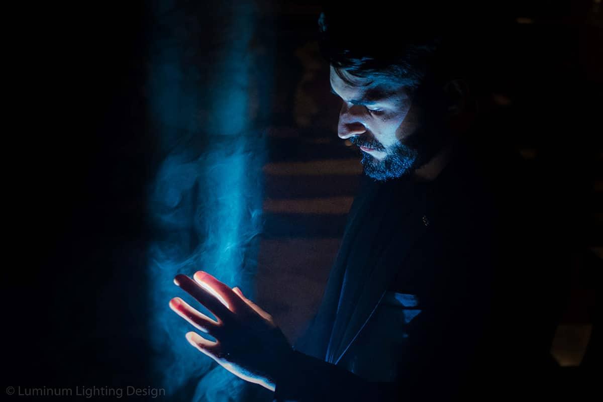 03 Making Of Light Illuminare è Dare Nuovi Valori Foto Profilo